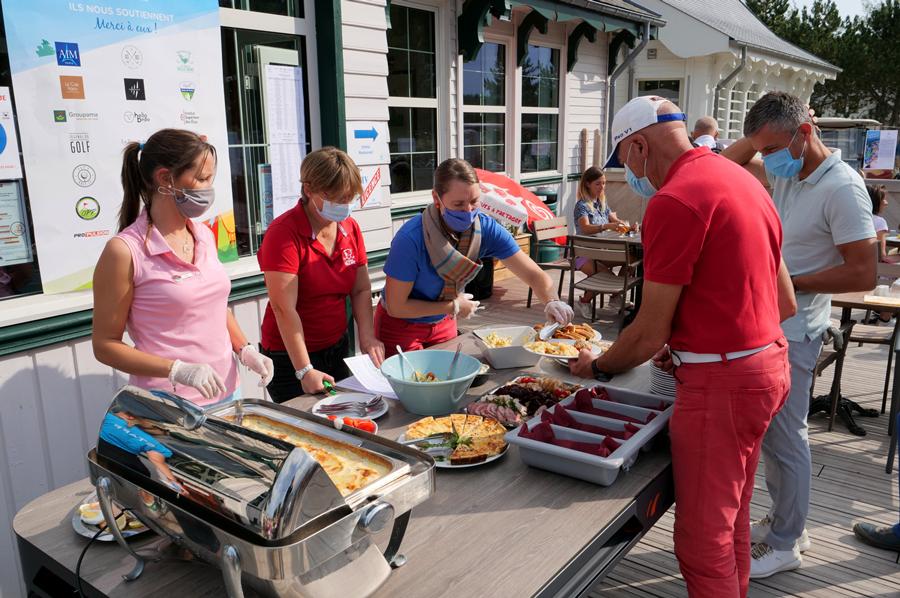 equipe trophee art-en-ciel - accueil golf belle dune